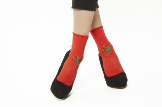 FLOWER EMBROIDERY SOCKS<br>RED<img class='new_mark_img2' src='//img.shop-pro.jp/img/new/icons20.gif' style='border:none;display:inline;margin:0px;padding:0px;width:auto;' />
