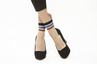 LINE SEE-THROUGH SOCKS<br>BLUExBROWN<img class='new_mark_img2' src='//img.shop-pro.jp/img/new/icons20.gif' style='border:none;display:inline;margin:0px;padding:0px;width:auto;' />
