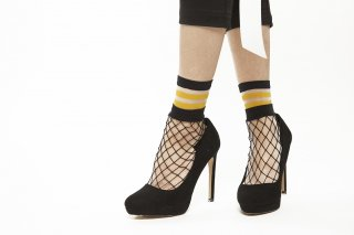 SEE-THROUGH LAYERED SOCKS<br>YELLOW<img class='new_mark_img2' src='https://img.shop-pro.jp/img/new/icons20.gif' style='border:none;display:inline;margin:0px;padding:0px;width:auto;' />