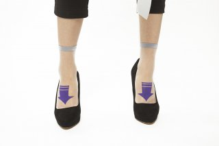 SEE-THROUGH ARROW SOCKS<br>GRAYxPURPLE<img class='new_mark_img2' src='https://img.shop-pro.jp/img/new/icons20.gif' style='border:none;display:inline;margin:0px;padding:0px;width:auto;' />