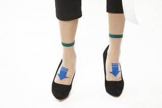 SEE-THROUGH ARROW SOCKS<br>GREEN x BLUE<img class='new_mark_img2' src='https://img.shop-pro.jp/img/new/icons20.gif' style='border:none;display:inline;margin:0px;padding:0px;width:auto;' />