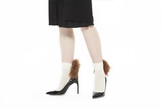 RACCOON FUR SOCKS<br>OFFxBEIGE