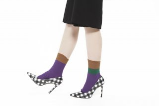 ASIMETRIC COLOR BLOCK SOCKS<br>PURPLE