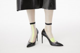 ASIMETRIC LINED SHEER SOCKS<br>BLACK×NEONYELLOW