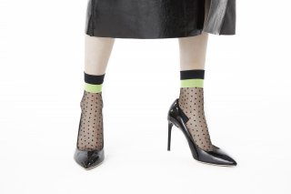 LINED POLKA DOT SHEER SOCKS<br>BLACK×NEONYELLOW