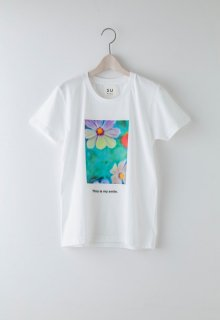 float flower t-shirt