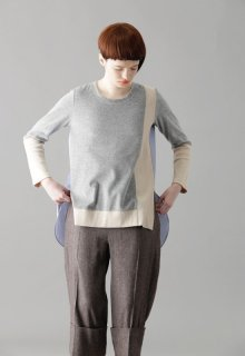 pale tone velor pull-over