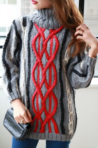 cable design turtleneck knit