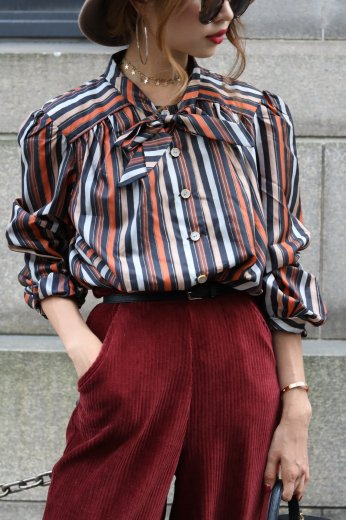 stripe ribbon blouse