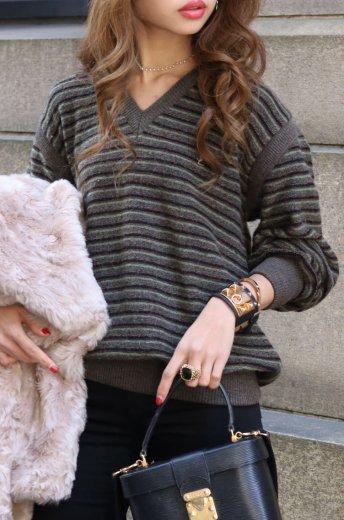 Yves Saint Laurent / stripe pattern V-neck logo knit