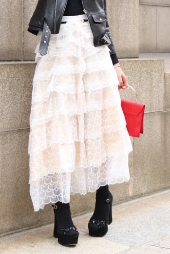 embroidery volume tulle long skirt