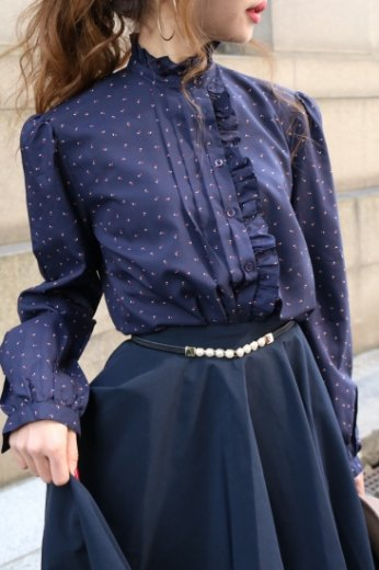 <img class='new_mark_img1' src='//img.shop-pro.jp/img/new/icons14.gif' style='border:none;display:inline;margin:0px;padding:0px;width:auto;' />【vintage】frill r&#233;tro blouse / navy