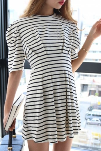 stripe flare dress / black pattern