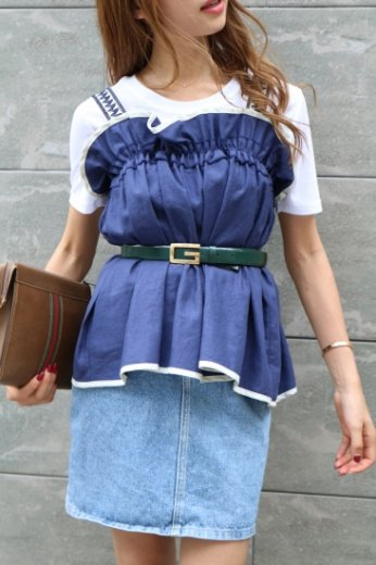 embroidery shoulder frill tops / navy