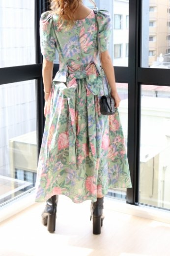 【vintage】petal sleeve back ribbon rose pattern flare dress