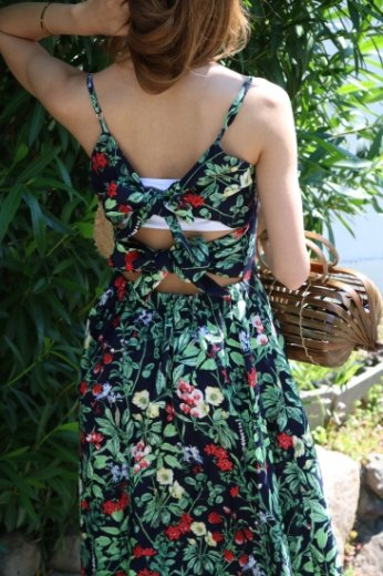 flower pattern back ribbon dress / black