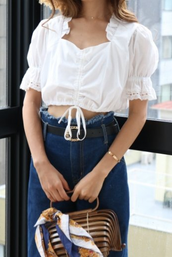 heart cut short cotton blouse