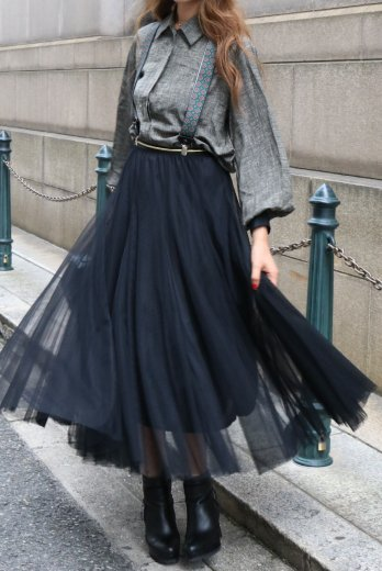 color tulle skirt / black
