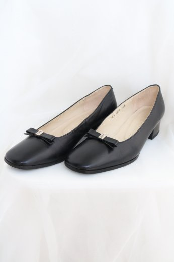 【vintage】Yves Saint Laurent / ribbon motif leather pumps / black