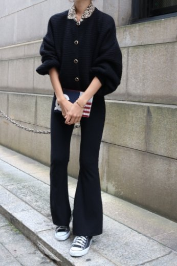 <img class='new_mark_img1' src='//img.shop-pro.jp/img/new/icons57.gif' style='border:none;display:inline;margin:0px;padding:0px;width:auto;' />rib bell bottom pants / black