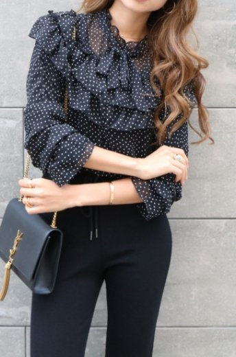 front ribbon dot pattern chiffon blouse / black