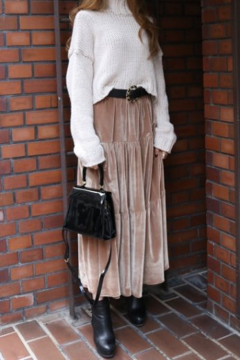 velor long flare skirt / beige
