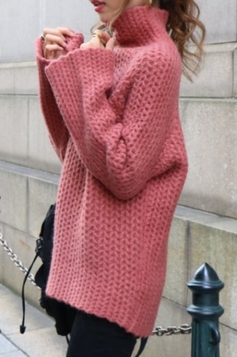 <img class='new_mark_img1' src='https://img.shop-pro.jp/img/new/icons20.gif' style='border:none;display:inline;margin:0px;padding:0px;width:auto;' />scallop design wool hight neck knit / orange brown