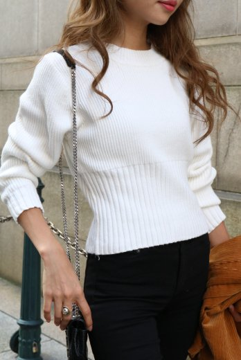 <img class='new_mark_img1' src='//img.shop-pro.jp/img/new/icons14.gif' style='border:none;display:inline;margin:0px;padding:0px;width:auto;' />waist wide rib knit tops / white