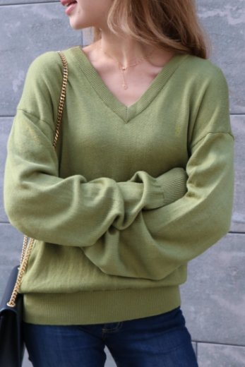【vintage】 Yves Saint Laurent / embroidery logo V neck knit tops / olive