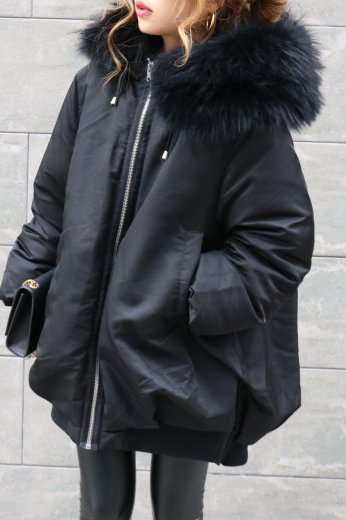 raccoon fur down coat / black