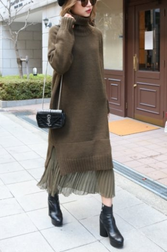 flare skirt docking turtle neck knit dress / khaki