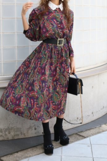 【vintage】round neck front gold button paisley pattern flare dress