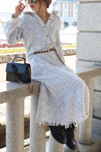 front bijou button tweed jacket & fringe skirt set up