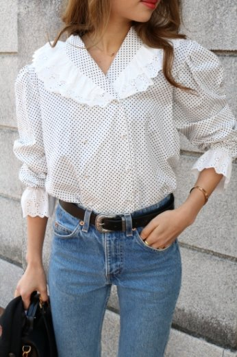 double lace collar dot pattern blouse / white