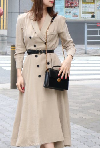<img class='new_mark_img1' src='https://img.shop-pro.jp/img/new/icons57.gif' style='border:none;display:inline;margin:0px;padding:0px;width:auto;' />shawl collar double button trench dress (belt set) / beige