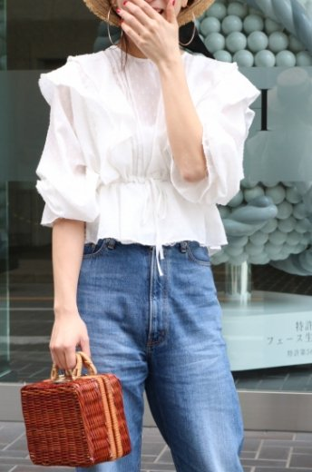 gold thread mix frill see-through blouse / white