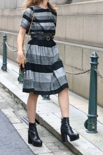 【vintage】monotone stripe pattern flare dress