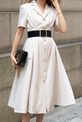 open collar tuck flare dress / beige