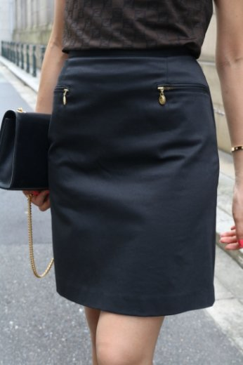 【vintage】Christian Dior / gold logo charm stretch tight skirt / black