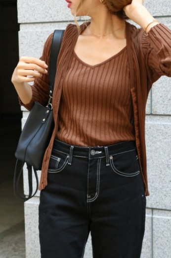 rib knit cardigan & camisole ensemble / brown