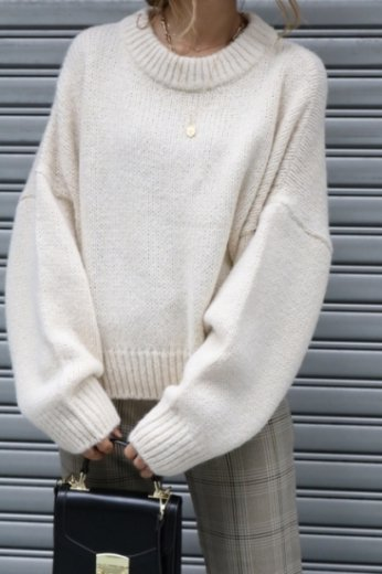 wide rib neck volume sleeves knit tops / ivory