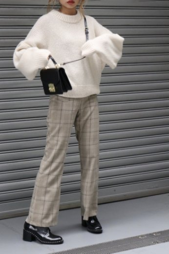 wide stretch flare pants / check