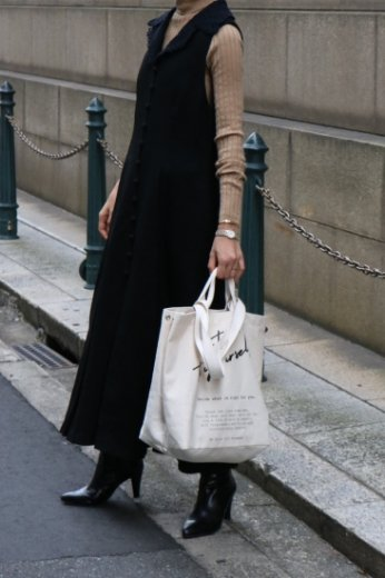 <img class='new_mark_img1' src='https://img.shop-pro.jp/img/new/icons14.gif' style='border:none;display:inline;margin:0px;padding:0px;width:auto;' />【vintage】lace collar sleeveless long dress / black