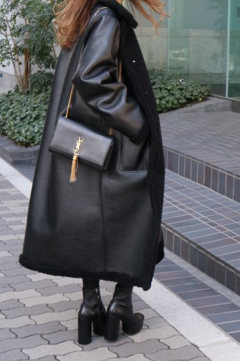 <img class='new_mark_img1' src='https://img.shop-pro.jp/img/new/icons57.gif' style='border:none;display:inline;margin:0px;padding:0px;width:auto;' />2way reversible boa coat (belt set) / black