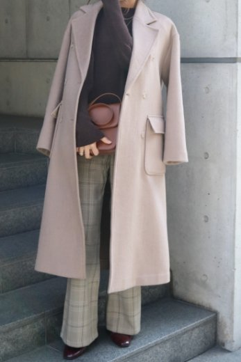 <img class='new_mark_img1' src='https://img.shop-pro.jp/img/new/icons57.gif' style='border:none;display:inline;margin:0px;padding:0px;width:auto;' />notched lapel collar out pocket wool coat / beige