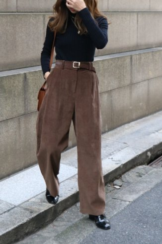 <img class='new_mark_img1' src='https://img.shop-pro.jp/img/new/icons14.gif' style='border:none;display:inline;margin:0px;padding:0px;width:auto;' />corduroy tuck wide pants / brown