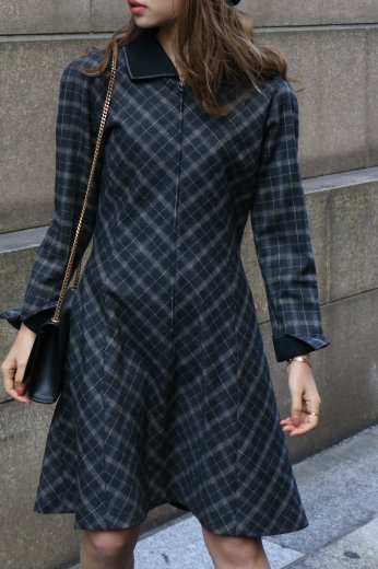 【vintage】Christian Dior / cut away collar check pattern flare wool dress