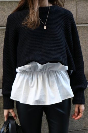 round neck bicolor knit tunic / black