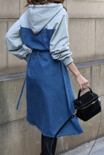 <img class='new_mark_img1' src='https://img.shop-pro.jp/img/new/icons14.gif' style='border:none;display:inline;margin:0px;padding:0px;width:auto;' />hoodie docking denim dress ( belt set ) / indigo