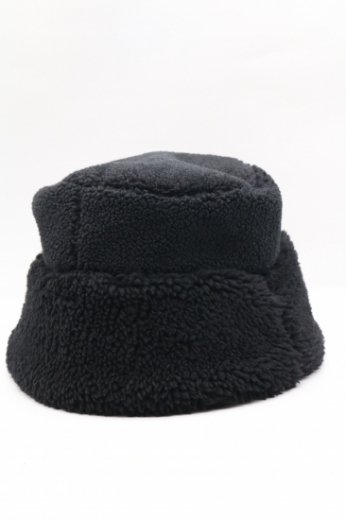 boa bucket hat / black